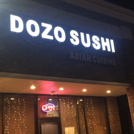 Livingston, Νιού Τζέρσεϊ: Dozo Sushi & Asian Cuisine