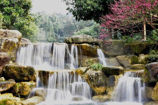 Lanxi, China: 兰溪六洞山风景区