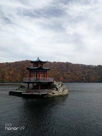 吉林省辉南县: 龙湾国家自然保护区