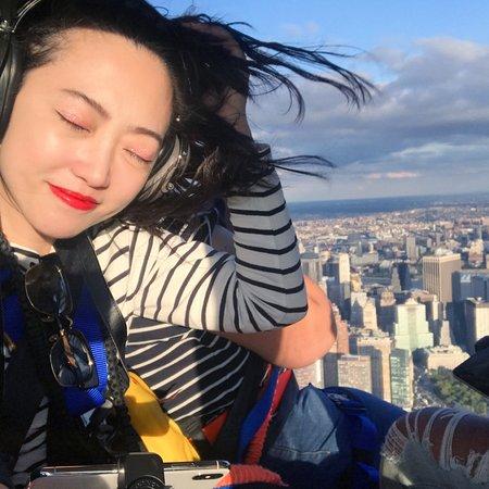 Kearny, นิวเจอร์ซีย์: Wonderfull experience! 坐了两次无门直升机俯览纽约,非常棒的体验!