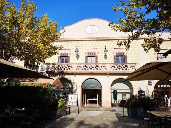 cartucho Brote Vinagre  Standard outlet - Review of La Roca Village, La Roca del Valles, Spain -  Tripadvisor