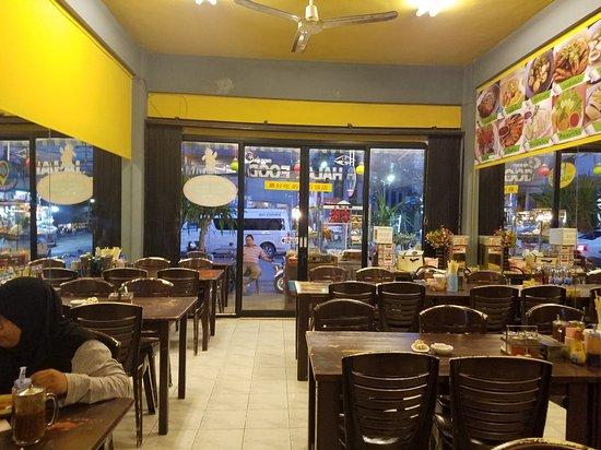 Halal Food Krabi Town 36 Maharaj Rd Soi 10 Restaurant Reviews Photos Phone Number Tripadvisor