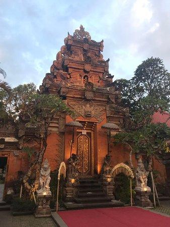 皇宫主建筑
