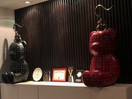 Wujiang Rd Leisure Street - just outside the hotel - Picture of Cachet Boutique Shanghai, Shanghai - Tripadvisor