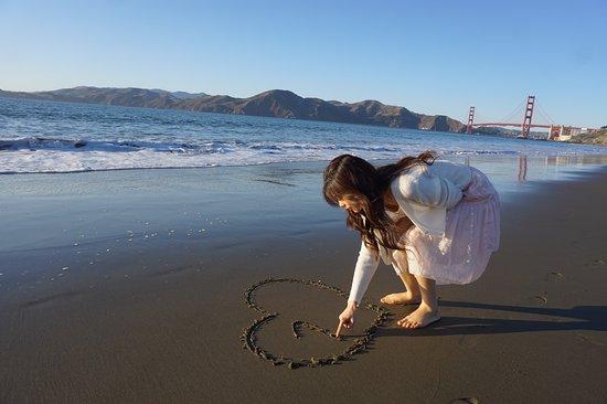 Marshall's Beach 사진