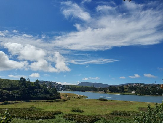 Private one Day Trip: Horton Plains and Pedro Tea Factory from Nuwara Eliya: lake