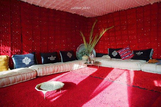 甘甘沙丘帐篷营地