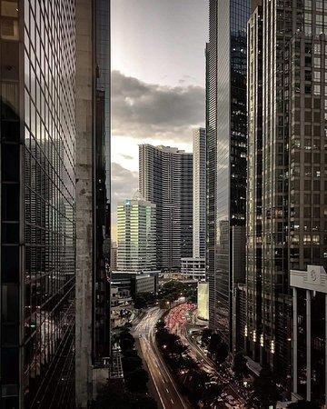 เขตนครหลวง, ฟิลิปปินส์: 马尼拉的繁华,你可见过?初次过去,一脸震惊,原来菲律宾还有这样的建筑?真的很震撼