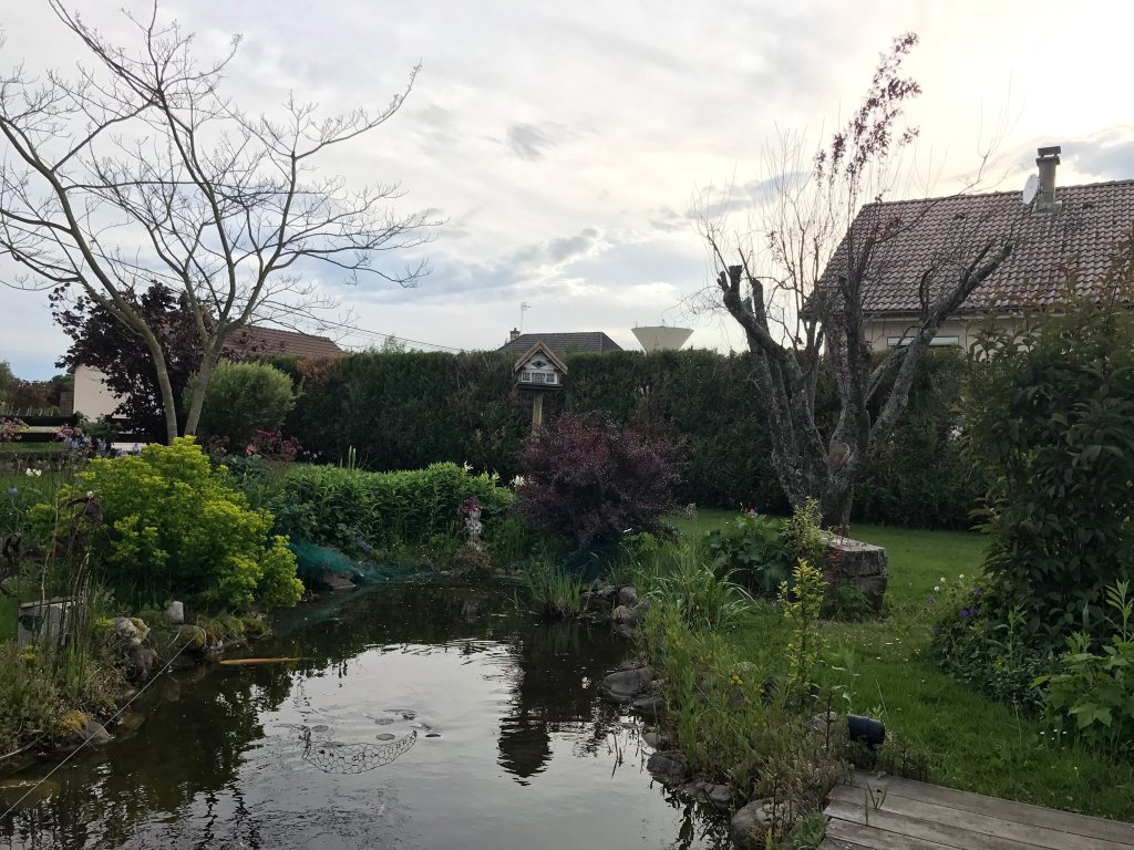 Aux jardins d 39 alice b b asnans beauvoisin france voir for Aux jardins