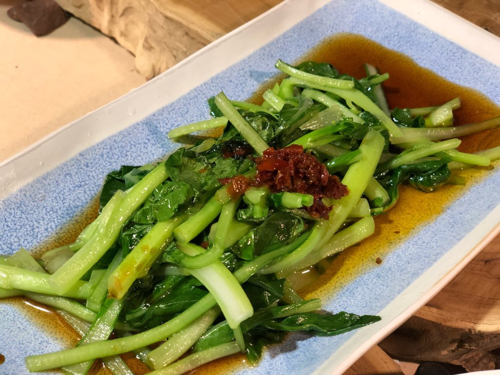 Green lotus vegetarian restaurant - Green vegetarian cuisine ...