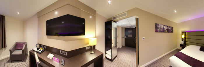 Panorama of the Accessible Room at the Premier Inn London Holborn Hotel