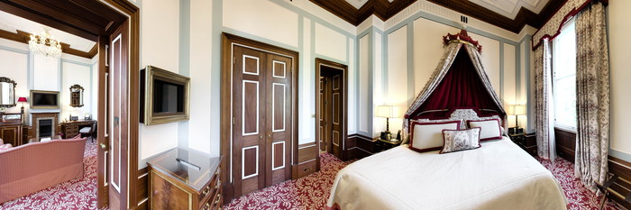 Panorama of the Apsley Suite at The Lanesborough