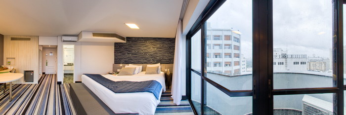Panorama of the Business Class Suite at the Quality Suites Oscar Freire