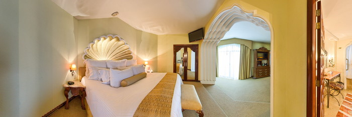 Panorama of the Business Grand Class Shell Suite at the Hotel Vista Real Guatemala