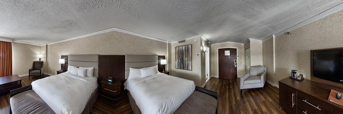 Panorama of the Classic Double Room at the DoubleTree by Hilton Hotel Gatineau-Ottawa