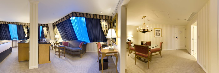 Panorama of the Contemporary Suite at the The Langham, Boston