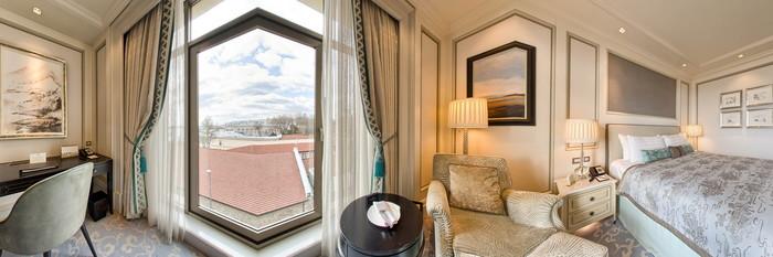 Panorama of the Deluxe Bosphorus Room at the Shangri-La Bosphorus, Istanbul