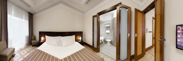 Panorama of the Deluxe Double Room at the Hotel Rialto
