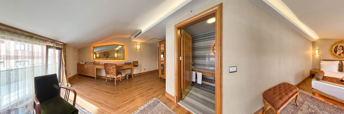 Panorama of the Deluxe Double Room With Balcony at the Hotel Sultania