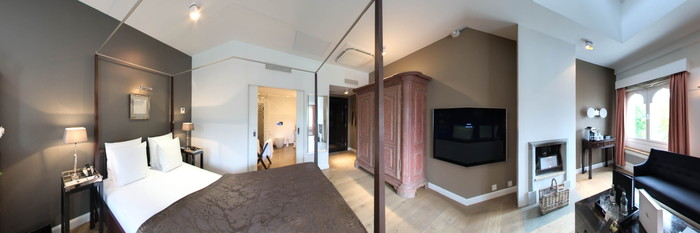 Panorama of the Deluxe Guest Room at the Nimb Hotel