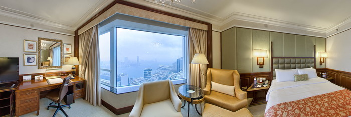 Panorama of the Deluxe Harbour View Room at the Island Shangri-La
