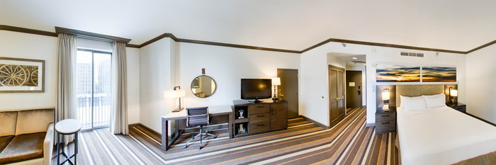 Panorama of the Deluxe King Bedroom at the Hilton Dallas Park Cities