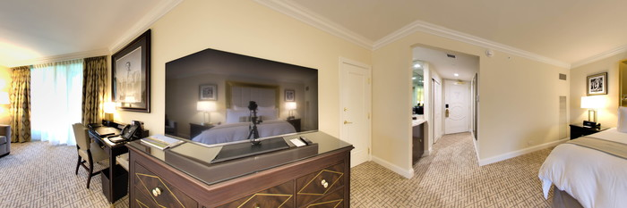 Panorama of the Deluxe King Room at the Trump National Doral Miami