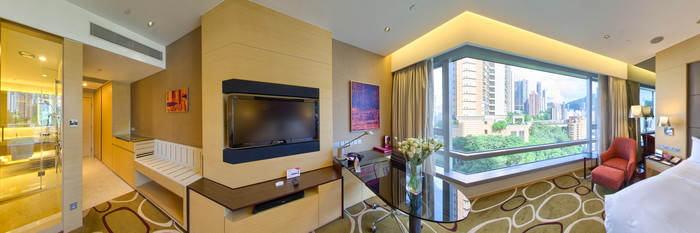 Panorama of the Deluxe Room at the Crowne Plaza Hotel Hong Kong Causeway Bay