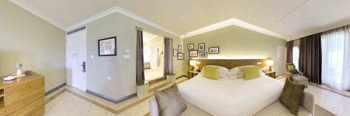 Panorama of the Deluxe Room with Sea View at the Outrigger Mauritius Beach Resort