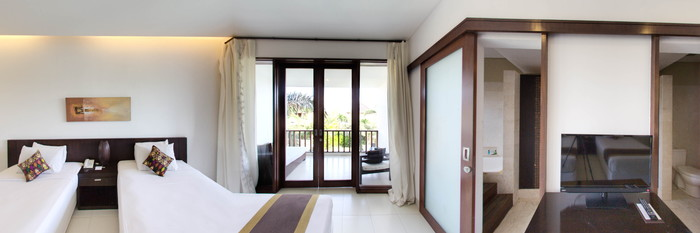 Panorama of the Deluxe Twin Room at the Villa Diana Bali