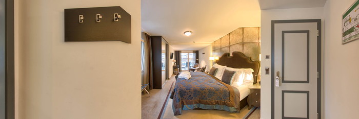 Panorama of the Double Deluxe Room at the Schlosshotel