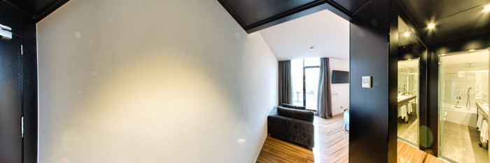 Panorama of the Double Deluxe With Private Room at the Hotel Catalonia Catedral