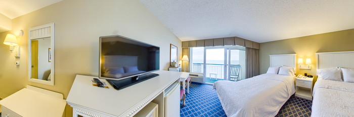 Panorama of the Double Queen Room at the Hampton Inn & Suites Myrtle Beach/Oceanfront