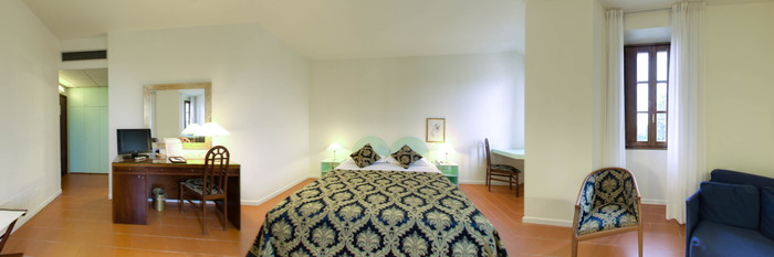 Panorama of the Double Room at the Hotel Villa Gabriele D'Annunzio