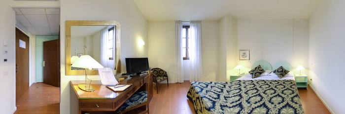 Panorama of the Double Room with Handicap Accessibility at the Hotel Villa Gabriele D'Annunzio