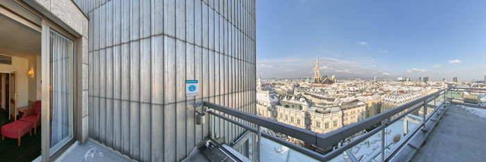 Panorama of the Double Room with St.Stephen's Cathedral View at the Hotel Am Parkring