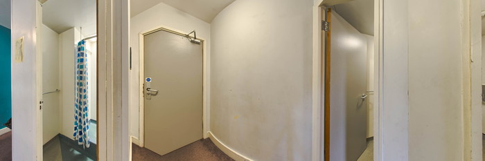 Panorama of the Eight Bed Room at the YHA London Thameside