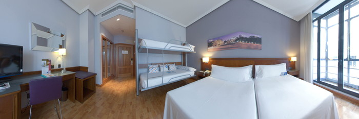 Panorama of the Family Room at the Tryp Madrid Cibeles