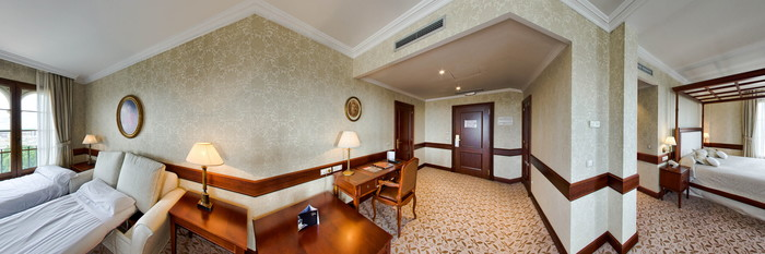 Panorama of the Family Room at the Hotel Candido
