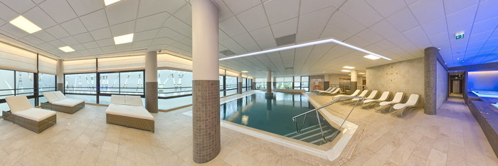Panorama of the Hot Tub at the Golden Tulip Aix Les Bains