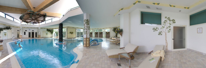 Panorama of the Indoor Pool at the Hotel Garden Terme