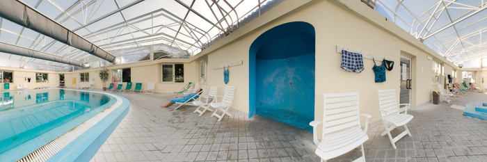 Panorama of the Indoor Pool at the Hotel Terme Royal Palm