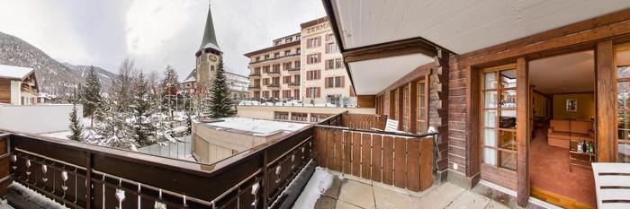 Panorama of the Junior Suite at the Grand Hotel Zermatterhof
