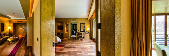 Panorama of the Junior Suite at the Tambo del Inka, a Luxury Collection Resort & Spa