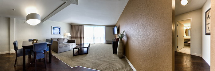 Panorama of the King Bed Suite at the Four Points by Sheraton Tallahassee Downtown