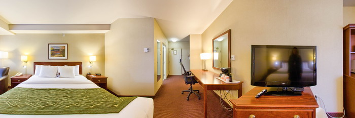 Panorama of the King Room at the Comfort Inn Halifax