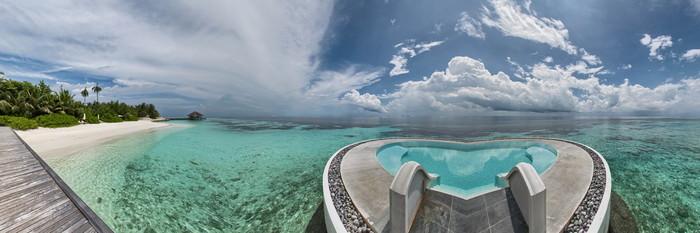 Panorama of the Lonu Veyo at the Huvafen Fushi Maldives
