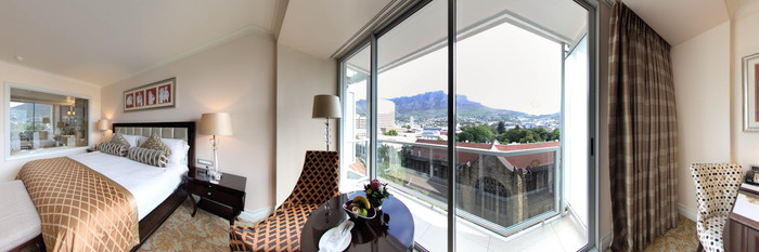 Panorama of the Luxury Room with Mountain View (Modern) at the Taj Cape Town
