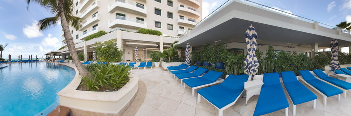 Panorama of the Main Pool at the Condado Vanderbilt Hotel