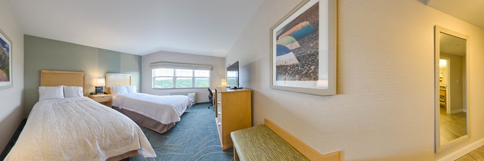 Panorama of the Mountain View 2 Queen Beds w Refrigerator at the Hampton by Hilton Bar Harbor